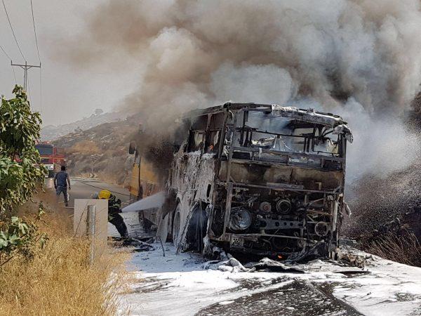 """: """"האוטובוסים נדלקים והילדים חומקים מהרכב הבוער ברגע האחרון"""". אוטובוס תלמידים שעלה באש ליד פסגות"""