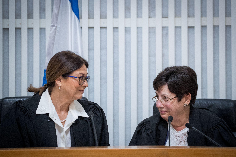 הירידה באמון הציבורי בשופטים לא מפתיעה. שופטי העליון<br /> צילום: יונתן זינדל, פלאש 90