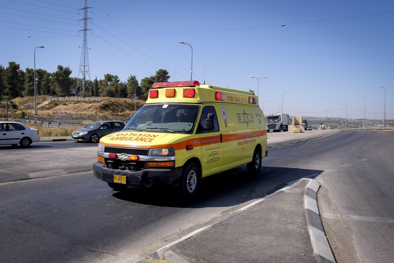 כבישים מסוכנים ואזורים מאוימים נותרים ללא מענה. אמבולנס בגוש עציון צילום: גרשון אלינסון, פלאש 90