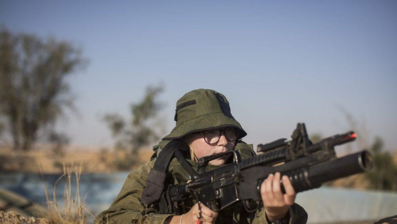 גורם צבאי ל'בשבע': הכשרת עשר לוחמות שריון תדרוש מיון של 10,000 חיילות